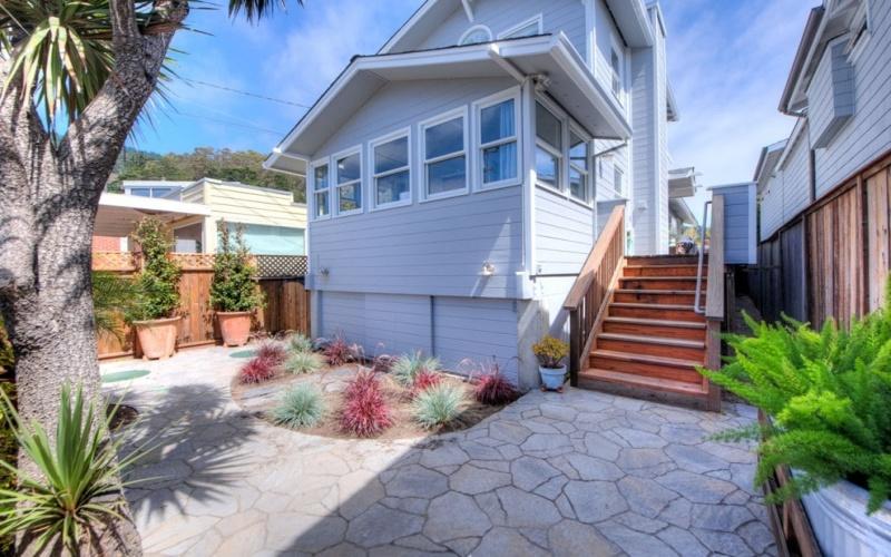 Stinson Beach,California,94970,2 Bedrooms Bedrooms,5 Rooms Rooms,2 BathroomsBathrooms,Single Family Home,Calle del Sierra,1008